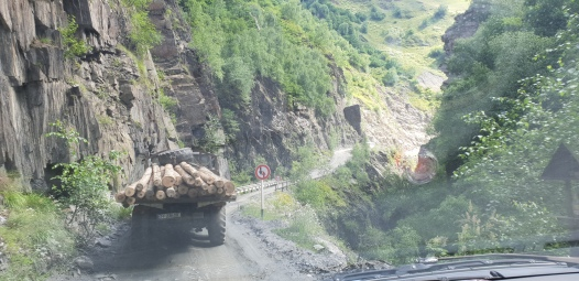 Carretera de Mestia a Ushguli